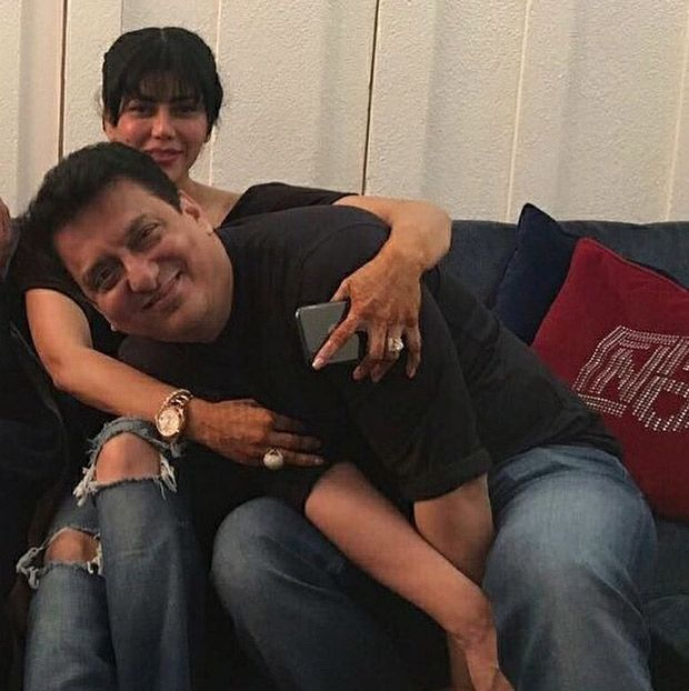 Sajid Nadiadwala and wife Warda celebrate their wedding anniversary with Salim Khan and family