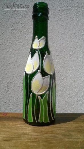 Ręcznie malowana szklana butelka - Białe tulipany