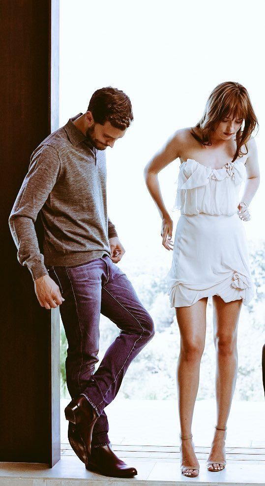 Oooo my kids are pretty! Jamie and Dakota loveliness, even in the off moments...