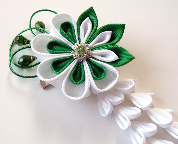 Kanzashi Fabric Flower hair clip with falls. Green and white fabric flower. Emerald and white kanzashi
