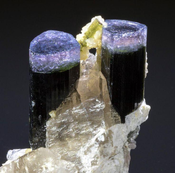 Twin púrpura-Cap Turmalina Cristales Con Cuarzo & elbaite-Fino mineral specimen. | Objetos de colección, Rocas, fósiles y minerales, Muestras de cristales y minerales | eBay!