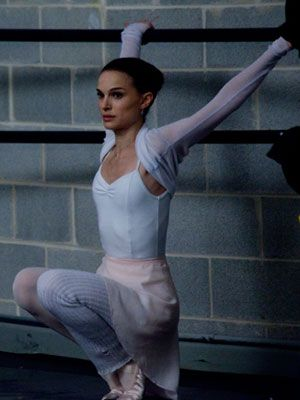 ballerina body workout (in a get toned and awesome way, not a starve yourself til you're crazy skinny way)