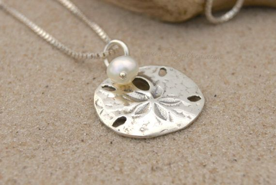 BEACH JEWELRY Sterling Silver Sand Dollar Necklace with
