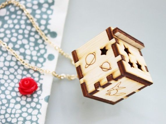 box necklace