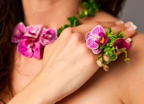 Var Ssyby22 Nov 2013 Prom FlowersWedding FlowersFlower NecklaceFlower JewelryTropical FlowersFloral FlowersFresh