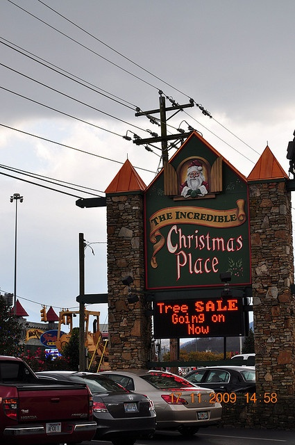 The Incredible Christmas Place.... Sevierville, Tennessee