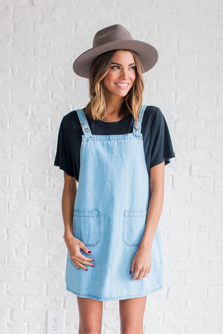 DETAILS: - Denim jumper with adjustable straps - Model is wearing a small