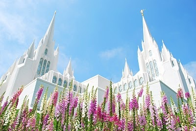 my dream. The San Diego Temple..i'm going there someday :)