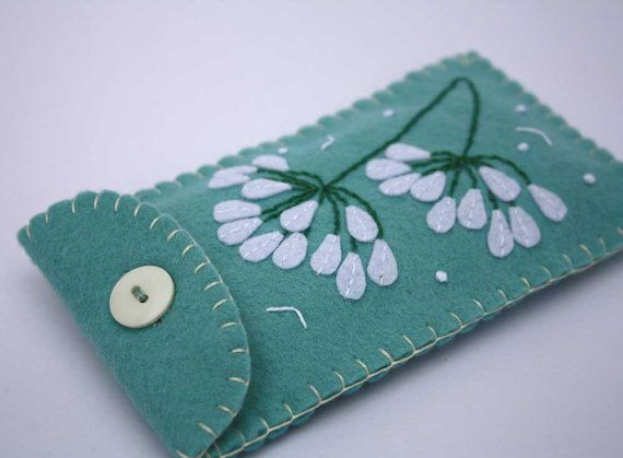 Felt phone case, Agapanthus flower.