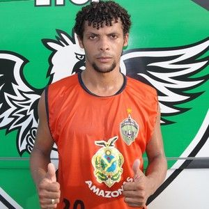 Manaus F.C assina com lateral Gelvane, ex-Princesa do Solimões +http://brml.co/1DCOS1S