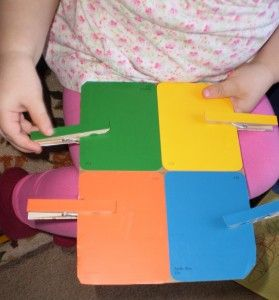 Make A Color Board for Your Toddler on http://www.feelslikehomeblog.com