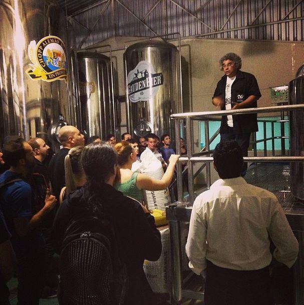 Terceira aula da 3ª turma do curso de Sommelier de Cervejas do Mestre-Cervejeiro.com / Universidade Positivo. Palestra sobre insumos e processos na Gauden Bier, por Samuel Cavalcanti, da Bodebrown.  #cerveja #cervejaartesanal #beer #craftbeer