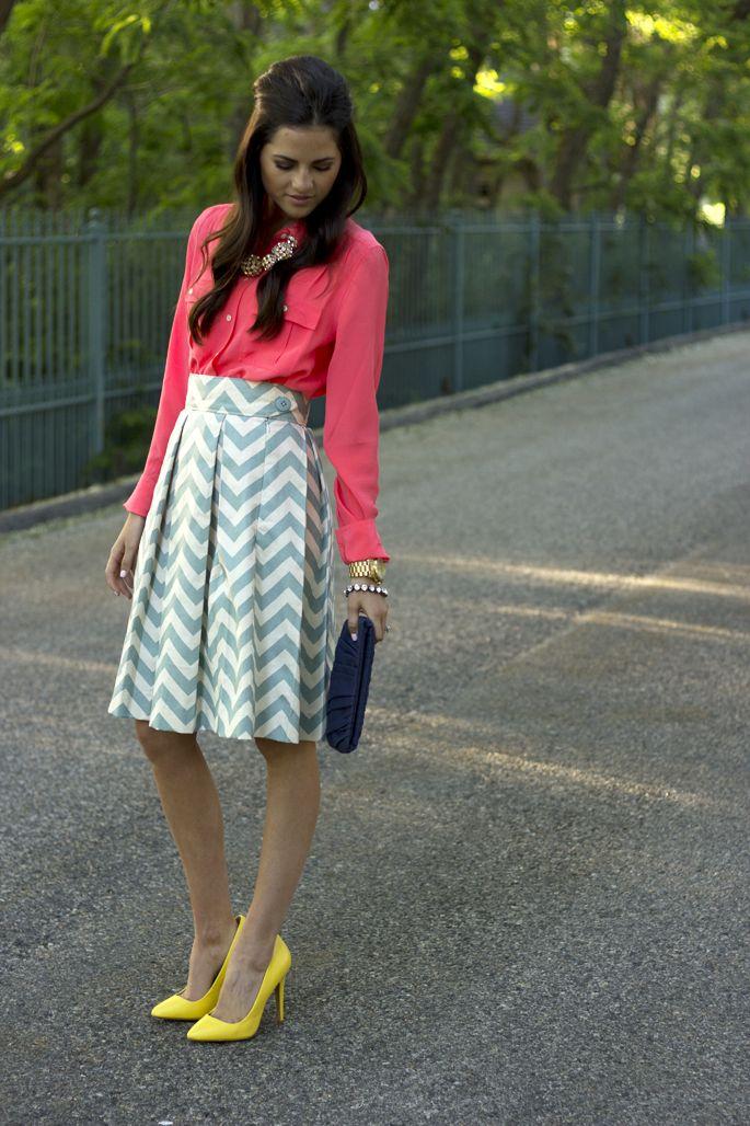 cheveron skirt, pink blouse, yellow heels: Yellow Fashion, Chevron Patterns, Chevron Outfits, Chevron Skirts, Colors Combinations, Yellow Shoes, Pink Peonies, Cute Skirts, Chevron Stripes