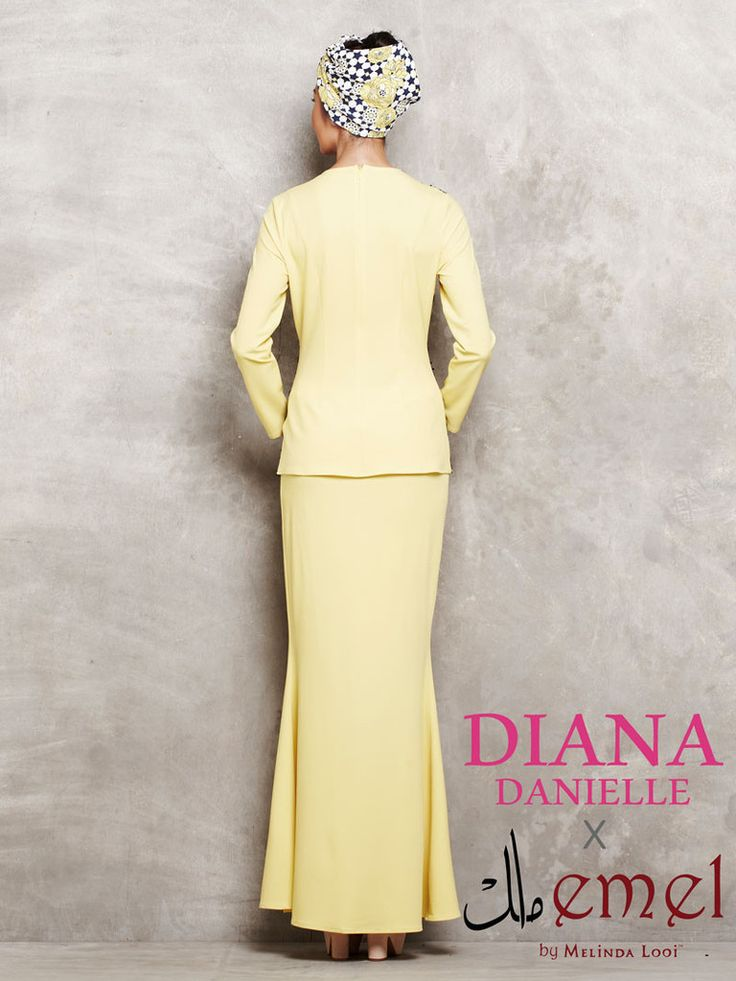 Diana Danielle x emel - Sequinned Lace Panel Modern Kurung | Official – emel by Melinda Looi - Official Webstore