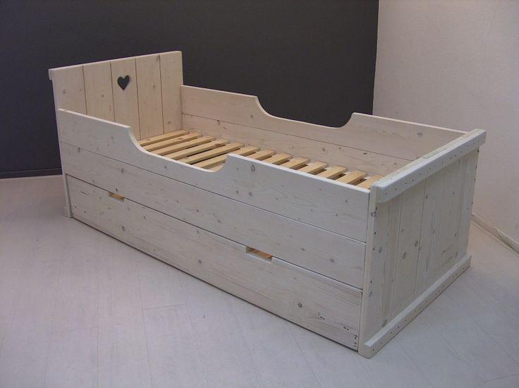 39 best zelf meubels maken van steigerhout images on for Bed van steigerhout maken