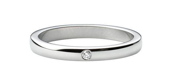 Alianza oro blanco 18kt diamante talla brillante.