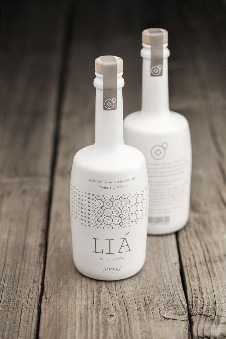 LIA Olive Oil | Designer: Bob Studio