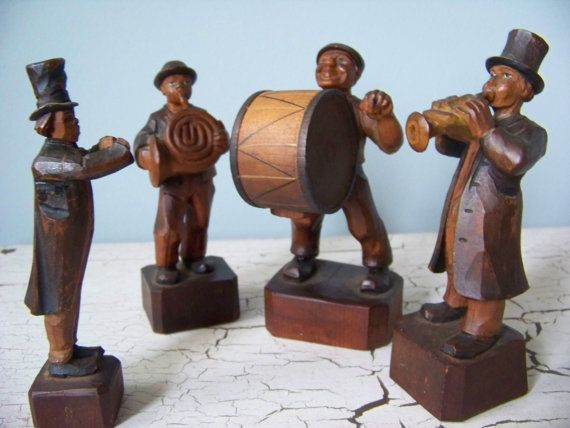 Anri Hand Carved Wooden Figurines Musical Traveling Band