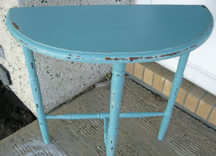 Provence Half Moon Table