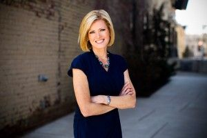 Cecily tynan 6abc meteorologist love her hair more cecily tynan