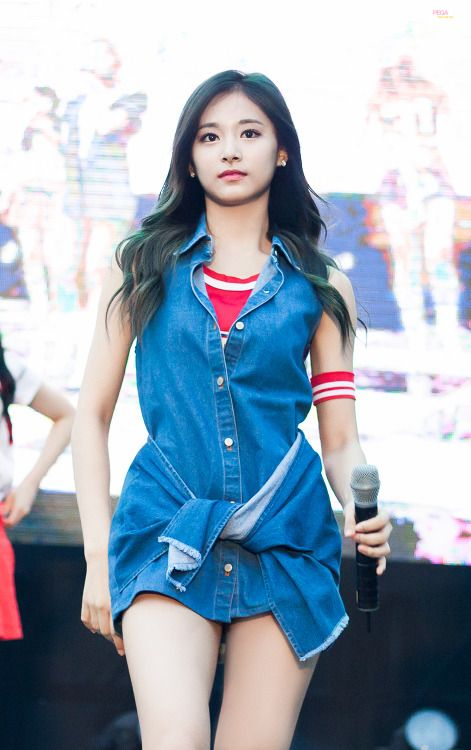 TWICE - Tzuyu ☼ Pinterest policies respected.( *`ω´) If you don't like what you see❤, please be kind and just move along. ❇☽