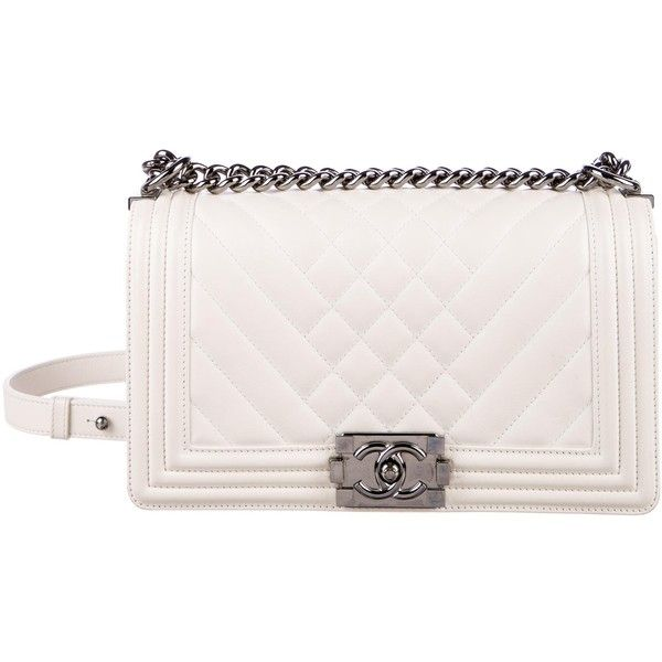 Pre-owned Chanel Old Quilted Medium Boy Chevron Bag (48.808.795 IDR) ❤ liked on Polyvore featuring bags, handbags, white, quilted handbags, white handbag, quilted leather purse, chain strap handbags and real leather purses