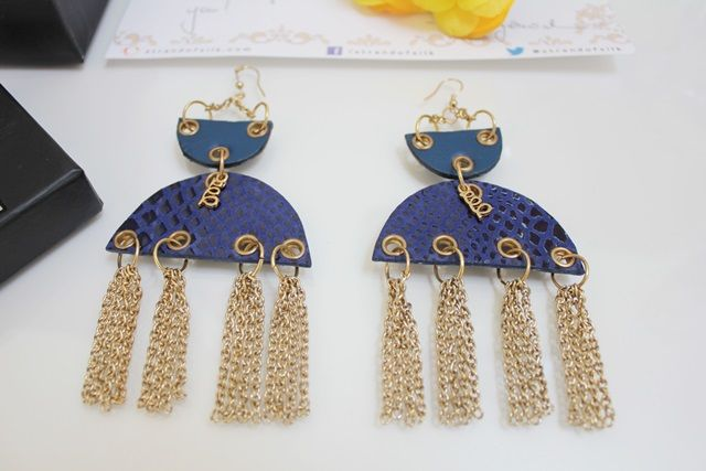 STYLISH MOON LIT EARRINGS from Strand of Silk - The Indian Savage diary