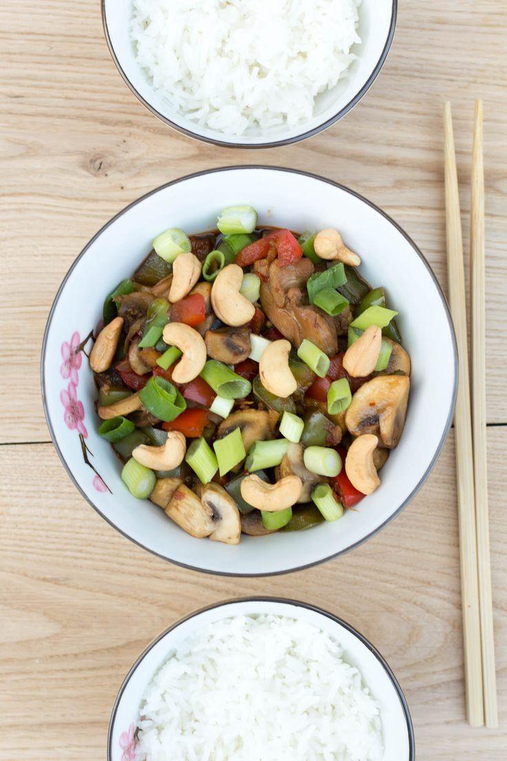 Recept voor het wereldgerecht Thaise kip Siam zonder pakjes en zakjes. Vol van smaak en in 20 minuten op tafel! Gezond en heel erg lekker.