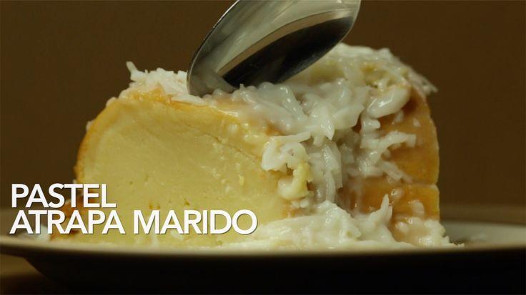 Receta de Pastel Atrapa Marido (Postre de Coco). Este postre no sabría como definirlo, es una deliciosa y suave mezcla, su textura es indefinida , entre pan, budín y flan, pero el resultado final e…