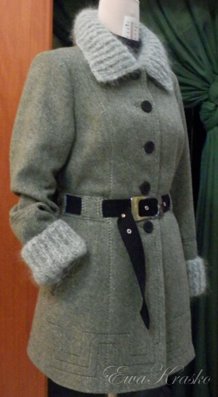 cappotto in lana con i accessori di mohair