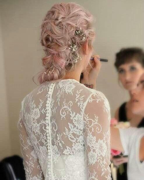 Vintage pink bridal hair by Kylie