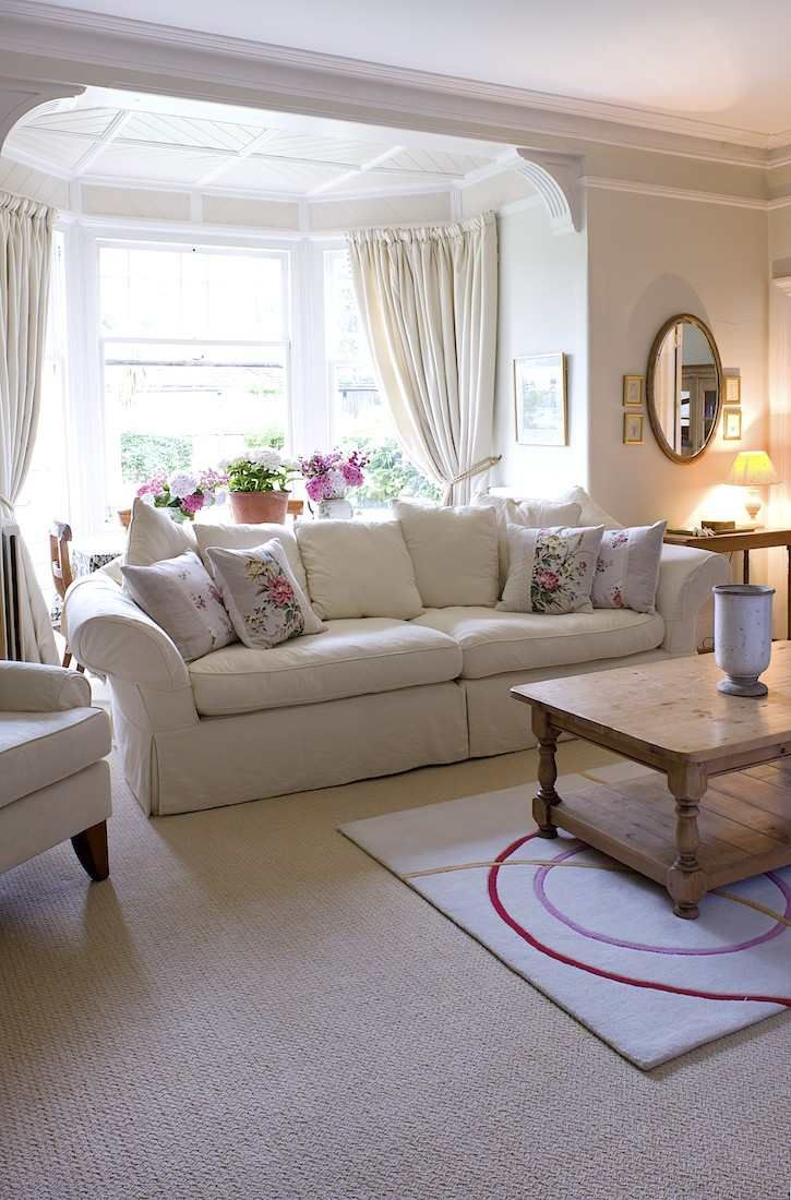 Such wondrous lighting from that bay window love the soft - Living room with bay window ...