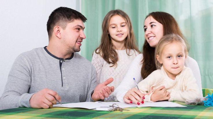 Mnohí rodičia chcú dieťaťu uľahčiť vstup do života, alebo aby malo na štúdium.   Nový Čas