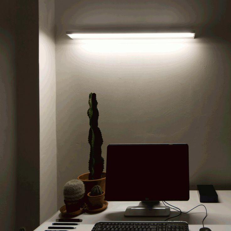 Tablet è una lampada con sorgente led integrata e luce direzionale. Disponibile in diversi modelli!