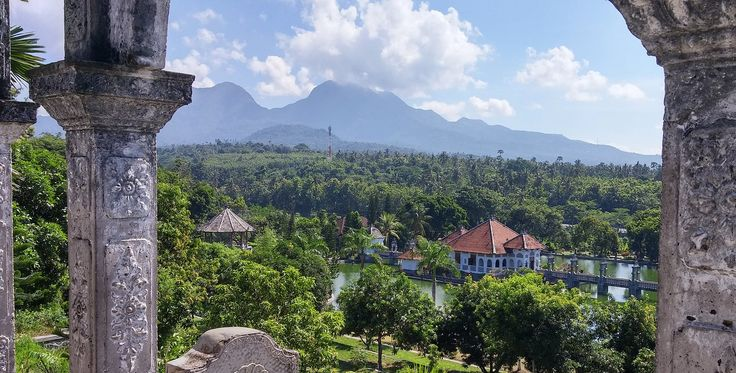Spectacular Bali Vacation Package:      For $2,499 USD per person (based on double occupancy), you will receive roundtrip airfare, airport transportation in Bali, 7 nights accommodation in a luxurious Balinese-style villa with a private pool on one of the best beaches in Bali, full breakfast each morning, and a full-day excursion with a private car & driver.