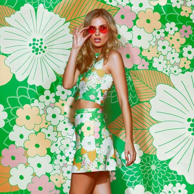 Flowers high neck crop and A-line skirt