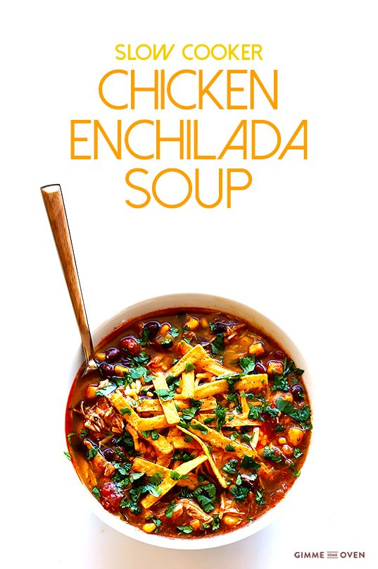 This slow cooker chicken enchilada soup recipe only takes about 10 minutes of prep time, it's easy to freeze, and it is muy delicioso! | gimmesomeoven.com