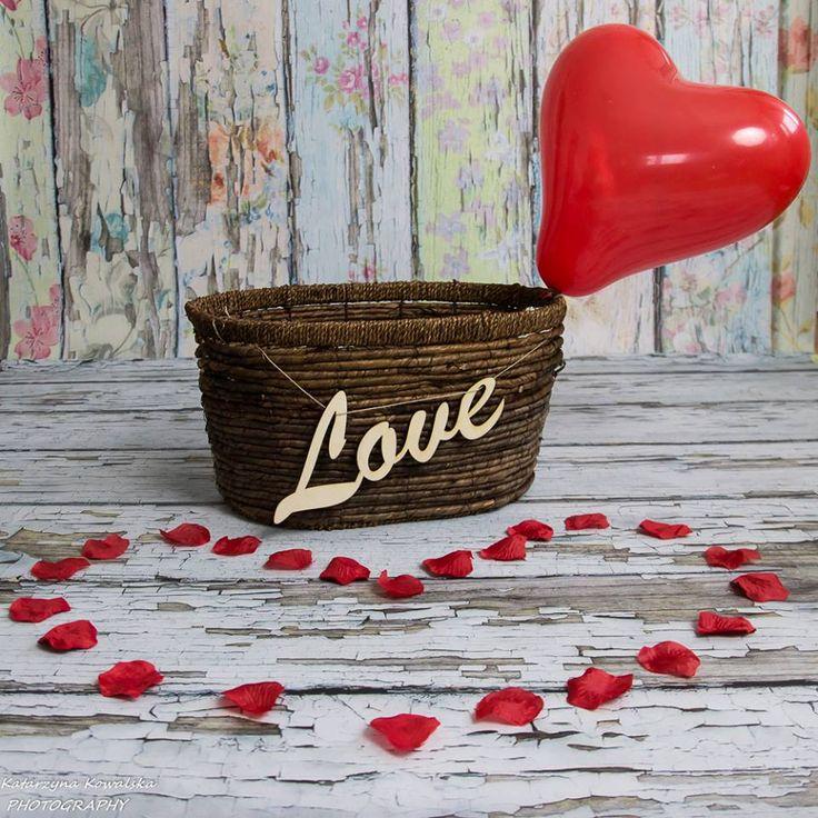 Napis LOVE - idealny do WALENTYNKOWYCH sesji zdjęciowych i nie tylko. info@dex-druk.pl www.dex-druk.pl http://www.drukimedyczne.pl/