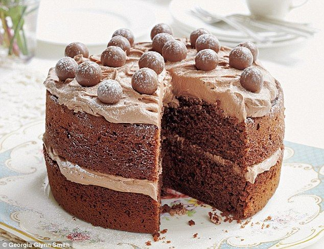 This cake is a perfect family treat, and a real crowd-pleaser. The malt extract gives a lovely creaminess to the sponge, while the malted chocolate flavour is echoed in the cake's topping.