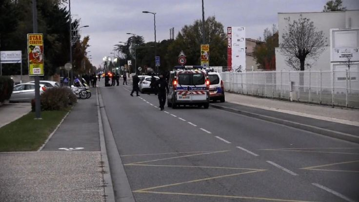 Three Chinese students injured in car attack in Toulouse https://www.biphoo.com/bipnews/world-news/three-chinese-students-injured-in-car-attack-in-toulouse.html Latest Breaking Global News Stories, Latest International News, Three Chinese students injured in car attack in Toulouse, World News Headlines https://www.biphoo.com/bipnews/wp-content/uploads/2017/11/Three-Chinese-students-injured-in-car-attack-in-Toulouse.jpg