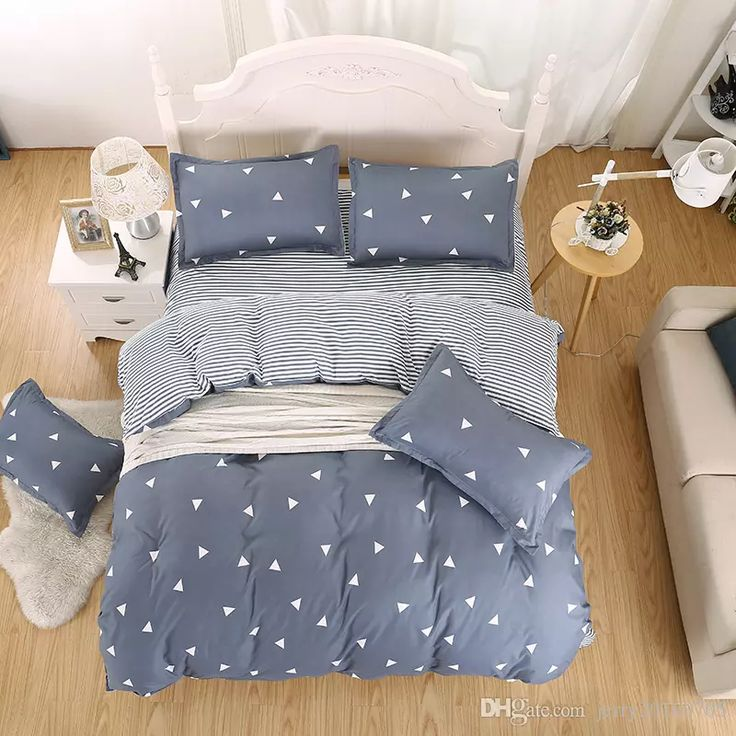Cheap Simple Bedding Sets Solid Home Textiles Comfortable Pure Color Light Blue High Quality Polyester / Cotton Bedspreads And Comforter Sets Comforter Sets Queen On Sale From Jerry20160705, $15.48| Dhgate.Com