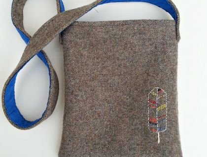 Kid's Foraging Bag - Feather Made for little adventurers www.cherryberry.felt.co.nz