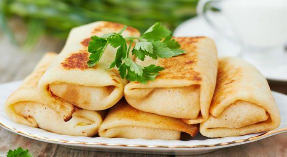Какие блины пекут на Масленицу по дням, вкусные блины с начинками: рецепты