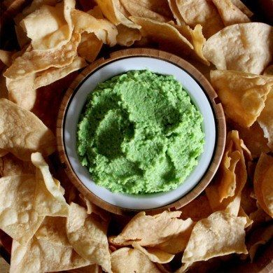 20 Quick and Easy Dips to Make for the Super Bowl