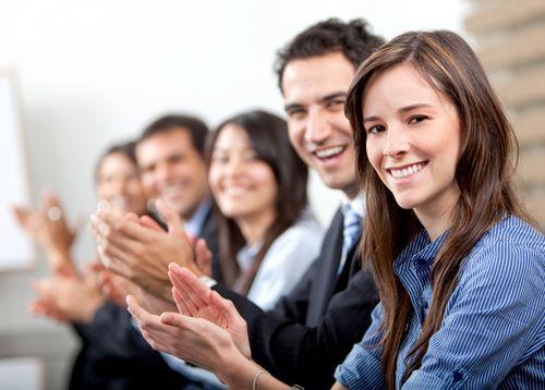 @puntodenfoque ¿Cómo fortalecer un emprendedor su poder de apreciación?  Siendo específico. Reconócele a otros cuando logran objetivos + allá de lo esperado. #motivar #empoderar #coaching #propósito #talento #crecimiento #personal #profesional #mercadóloga #marketing #holístico #confianza