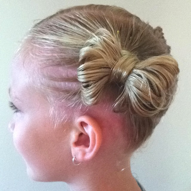 girl hair ponytails buns bows hairstyle