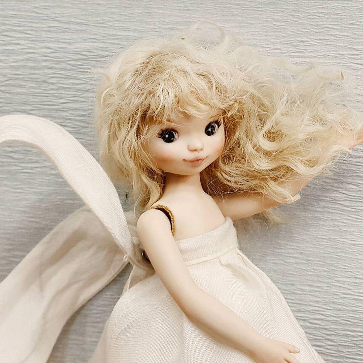 모니~♡ #egoogugumoni #aroomfulloftoys #doll #porcelaindoll #bisquedoll #arttoy #dolls #alcanamacanaisland #dollstagram #rtdoll #dollstargram #모니 #애구구구모니 #비스크인형 #인형 #룸풀오브토이즈 #돌스타그램 #비스크돌  #알티돌 #육일전 #육일전전시만합니다