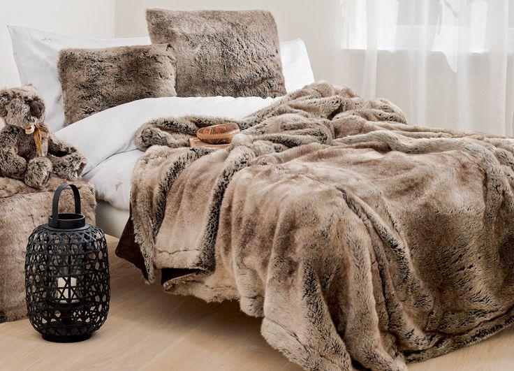 Плед из искусственного меха Winter Home Пледы WINTER HOME сделаны из высококачественного искусственного меха имитирующего натуральный.
