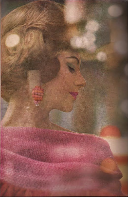 Saul Leiter: Photos Inspiration, Fashion Photographers, Harpers Bazaars June 1961, Colors Photography, Head Of Photography, 1961 Harpers, Saul Manager, Color Photography, Photographers Saul