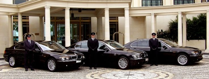 If you in San Diego and want to enjoy the high standard Town Car Service, then Castle Creek Limo can assist you as you want with high expertise and professionalism. Now a day's fast age of development and technology, everyone wants the fast, luxury and on time Town Car Service, that's why we are in this business.